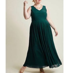 ModCloth Lace and Mesh green maxi dress